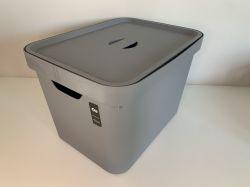 Caixa Organizadora Cube 18L com tampa Cinza Ref. CC450